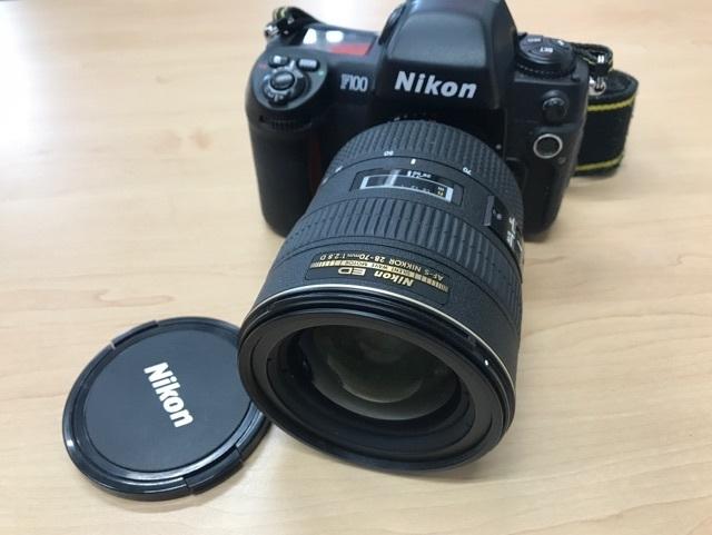 ニコン F100 ボディ/Nikon ED AF-S NIKKOR 28-70mm 1:2.8 Dレンズ☆ジャンク_画像1