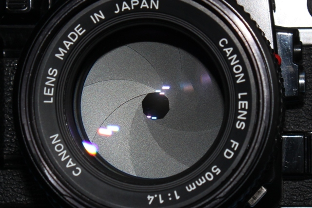 良品 Canon A-1 と New FD 50mm 1:1.4 シャッター鳴きなし 露出計作動 ファインダー良好 キャノン ジャンクで_画像2