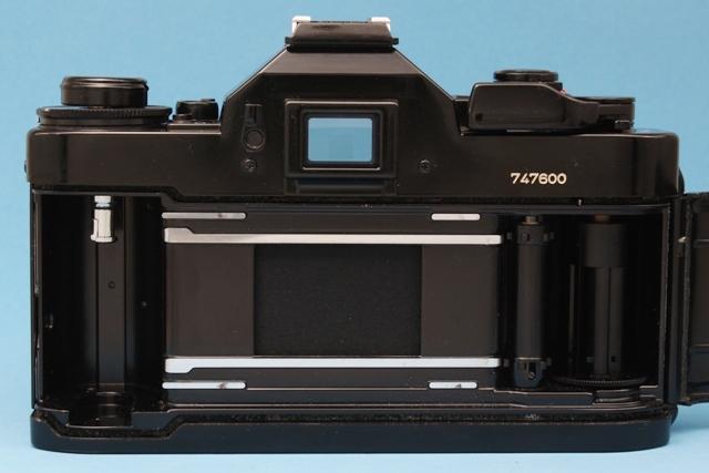良品 Canon A-1 と New FD 50mm 1:1.4 シャッター鳴きなし 露出計作動 ファインダー良好 キャノン ジャンクで_画像9