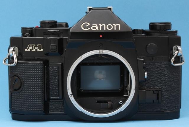 良品 Canon A-1 と New FD 50mm 1:1.4 シャッター鳴きなし 露出計作動 ファインダー良好 キャノン ジャンクで_画像5