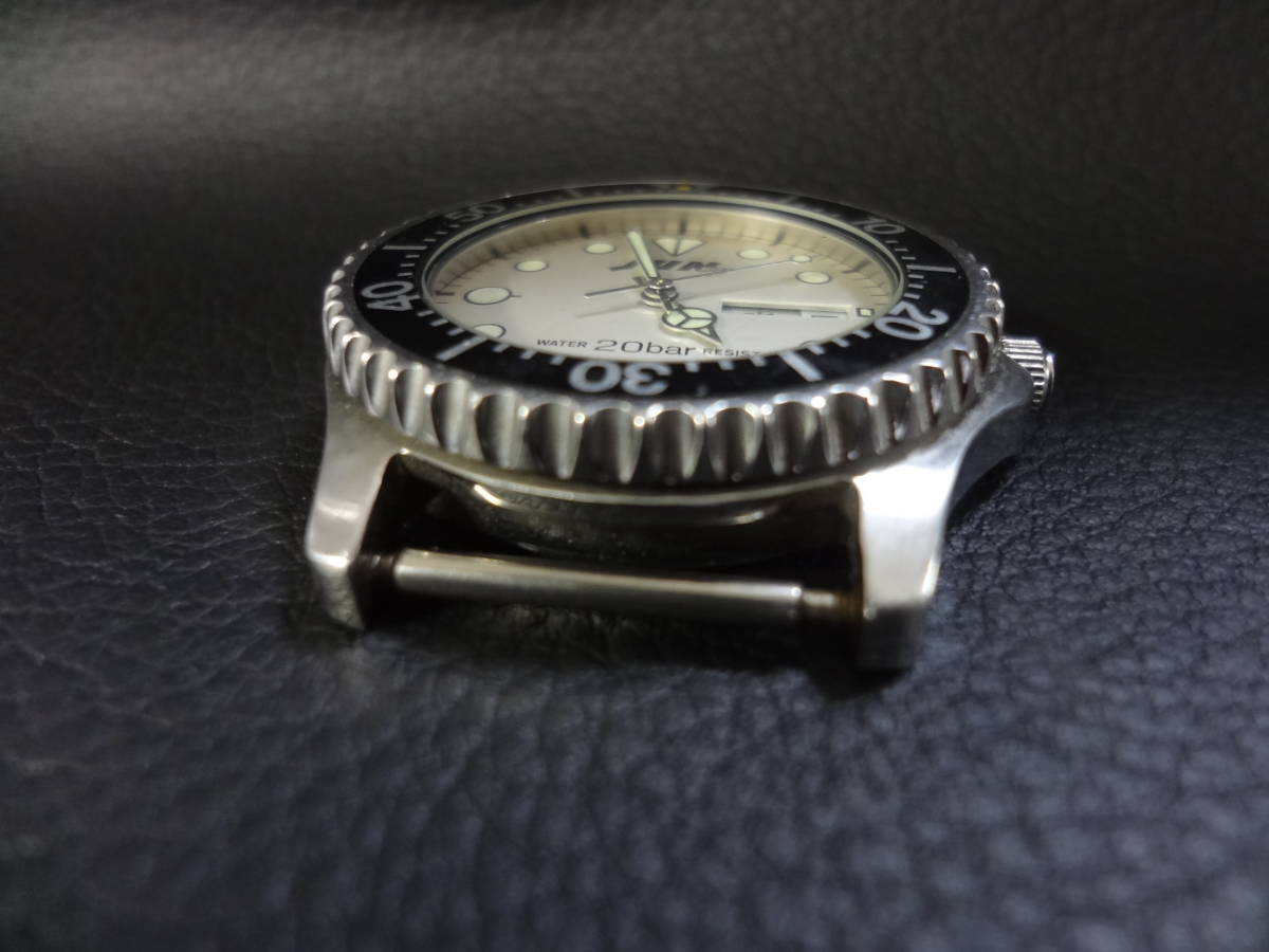 ◇◆ JUN MEN ジュンメン◆CITIZEN VEGA シチズン ダイバー メンズ デイデイト 腕時計 6B00-408675 Y ジャンク_画像5