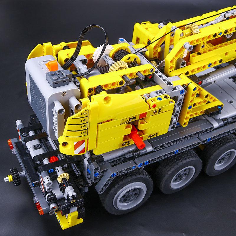 【送料無料!】 レゴ互換品 クレーン車 ブロック おもちゃ レゴ互換 プレゼント 誕生日 知育玩具 新品 人気 即決価格 8_画像3
