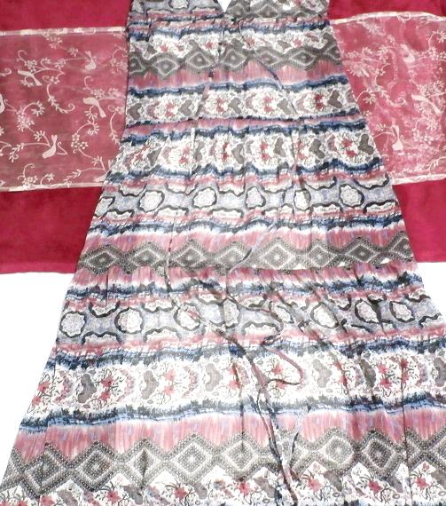 青とピンクと白エスニック柄Vネックロングスカートマキシワンピース Blue pink white ethnic pattern V neck long skirt maxi onepiece_画像2