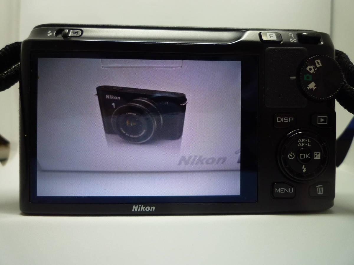 【中古】 Nikon ミラーレス一眼カメラ Nikon 1 J1 標準ズームレンズキット ブラック_画像2