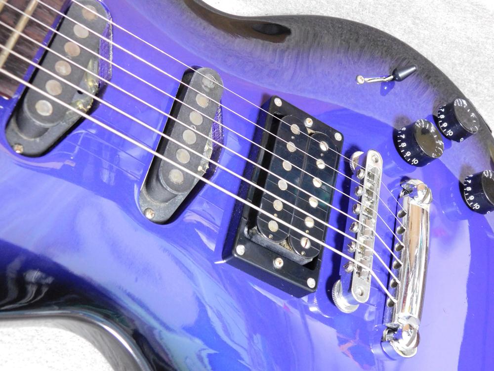 ギター入門セット EDWARDS イノランLP3+アンプ、チューナー等_画像3