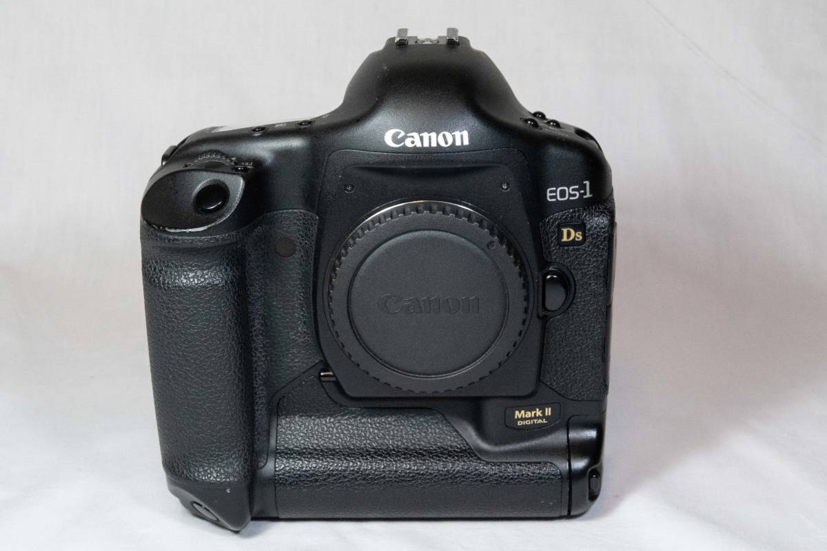** Canon EOS 1Ds MII ** Canonにて検査・整備品。完全動作品_画像2
