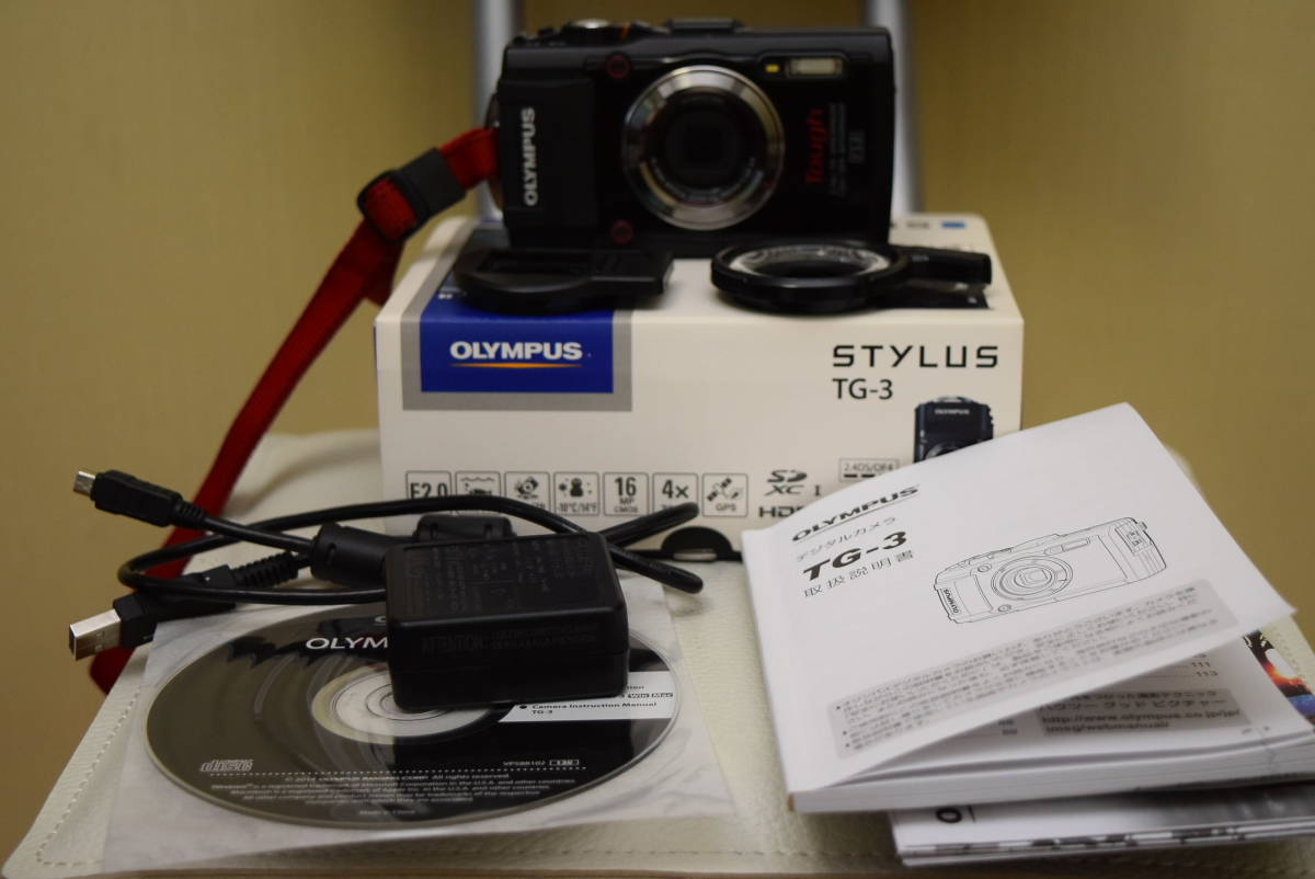 OLYMPUS STYLUS TG-3 Tough F2.0 Wi-Fi GPS オマケで LEDライトガイド LG-1と社外レンズガード付き 付属品完備 オリンパス デジタルカメラ_画像2