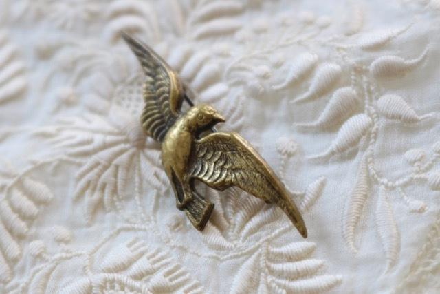 【ベルギー】真鍮製 鳩(はと)のブローチ_画像4