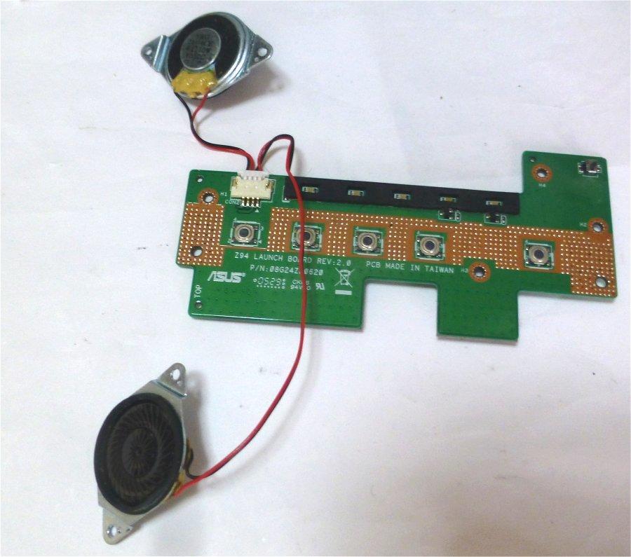 日立 Prius Note PCF-PN33N スイッチ類&スピーカー_画像1