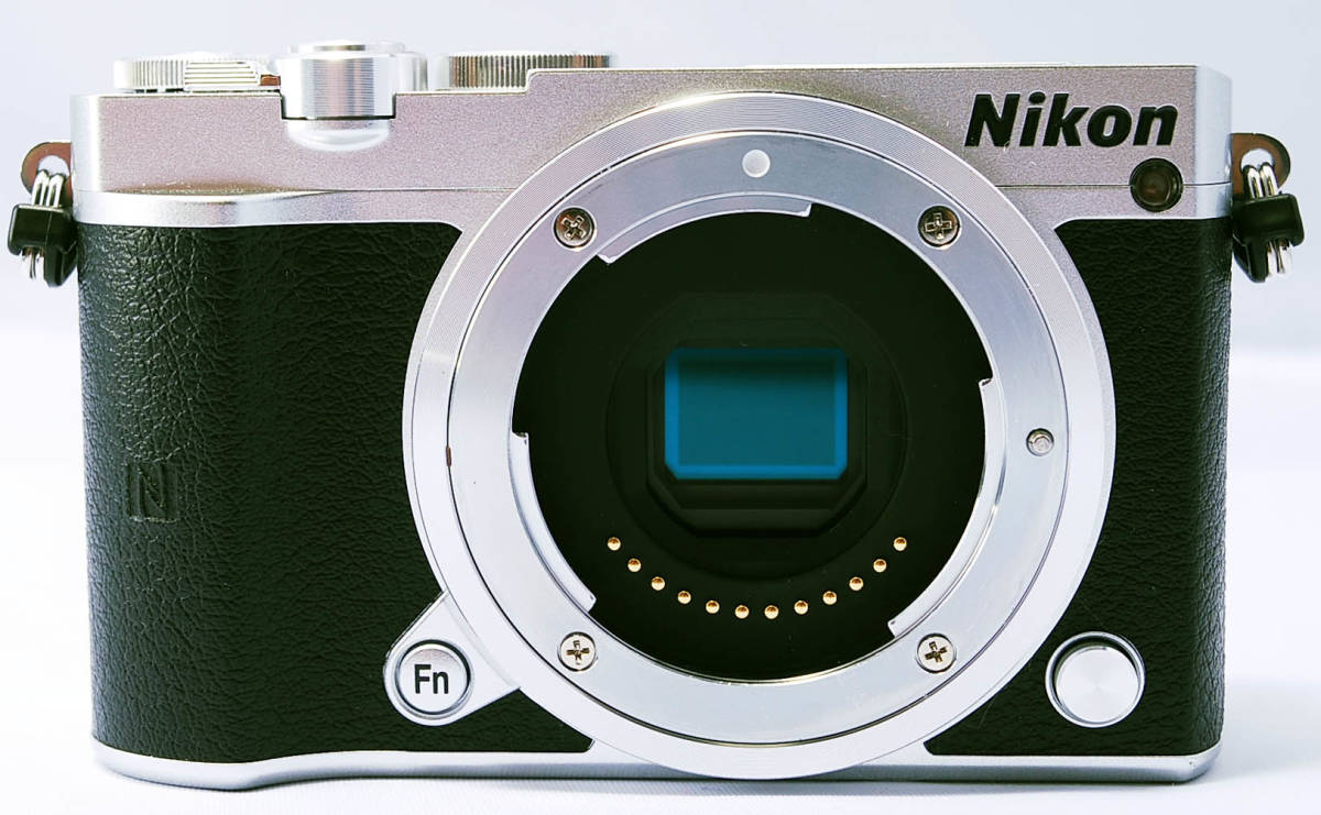 ★インスタにオススメ! ★小型・軽量 ニコン Nikon1 J5 レンズキット ★プラスアルファ(18JL08-012)_画像2