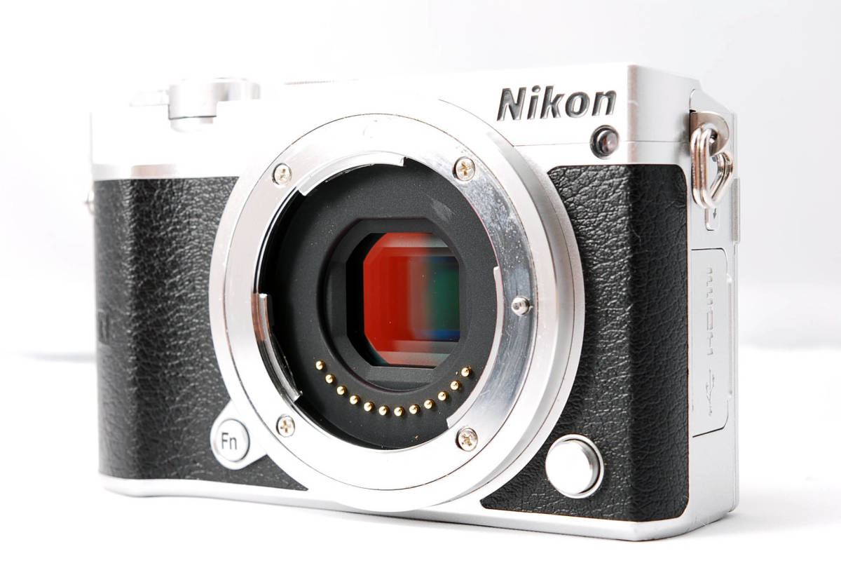 ★インスタにオススメ! ★小型・軽量 ニコン Nikon1 J5 レンズキット ★プラスアルファ(18JL08-012)_画像3