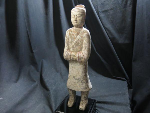 A 漢加彩武官俑 漢時代 博物館級 中国 陶器 発掘品 本物 遺跡 文化財 埋葬 明器 宮殿 人形 副葬品 _画像9