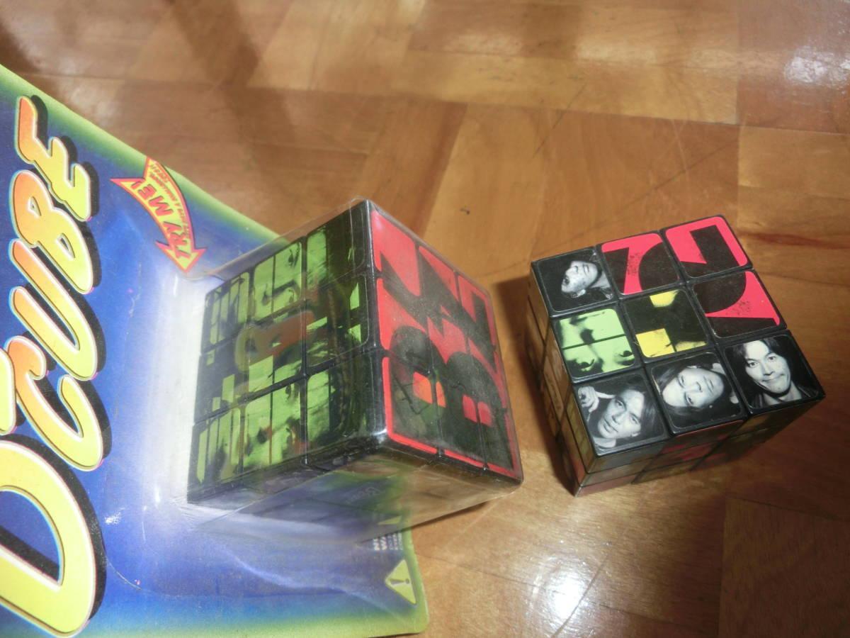 即決 B`z ビーズ 非売品 オリジナル キュービック パズル B`z CUBE 2個セット 特典 松本孝弘 稲葉浩志_画像3