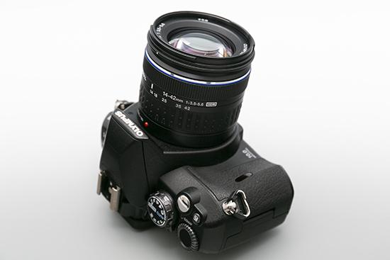 OLYMPUS 一眼レフカメラ レンズ 14-42㎜ 1:3.5-5.6ED レンズセット (E-410) 美品_画像3