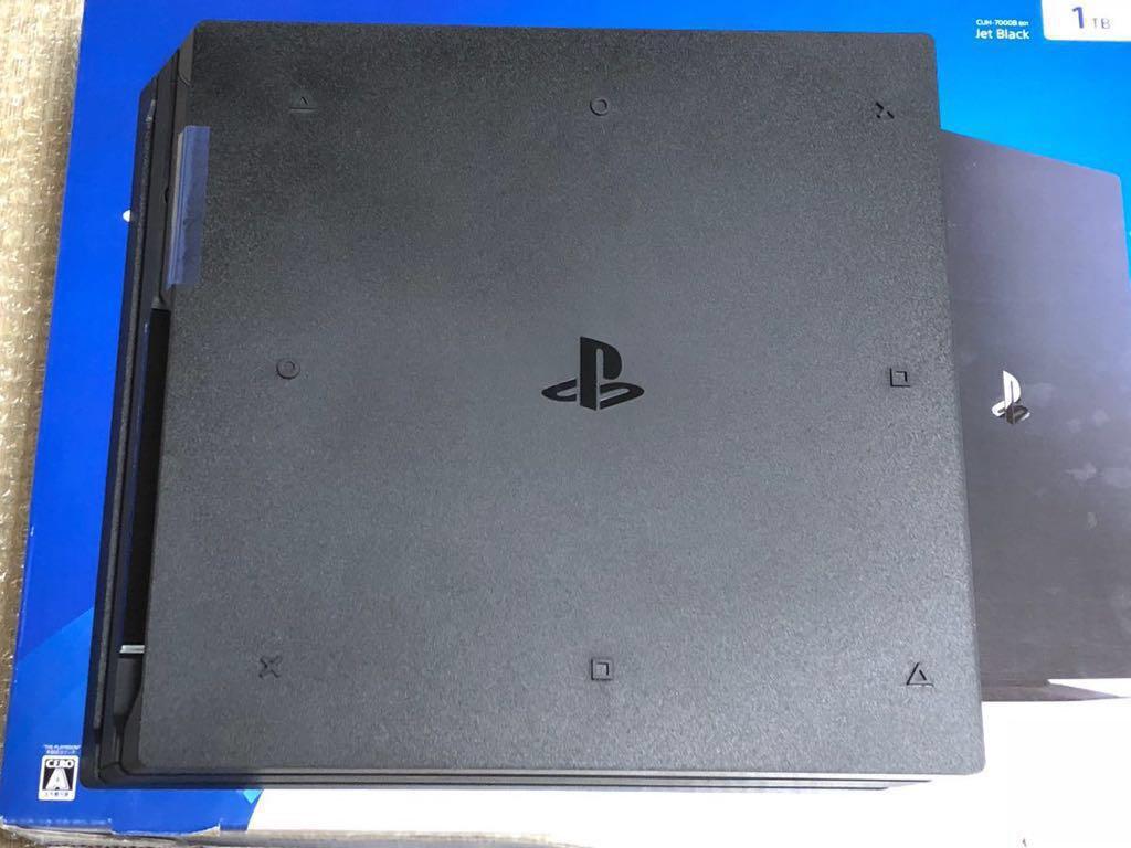 SONY PS4 PRO 1TB CUH-7000B B01 バトルフィールド4付き 中古 ソニー_画像3