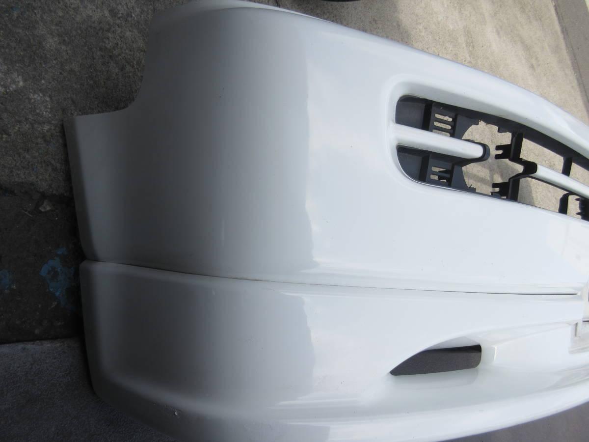 RF1 ホンダ ステップワゴン 純正 フロント バンパー スポイラー付 白 ホワイト(個人宅への配送不可)_画像2