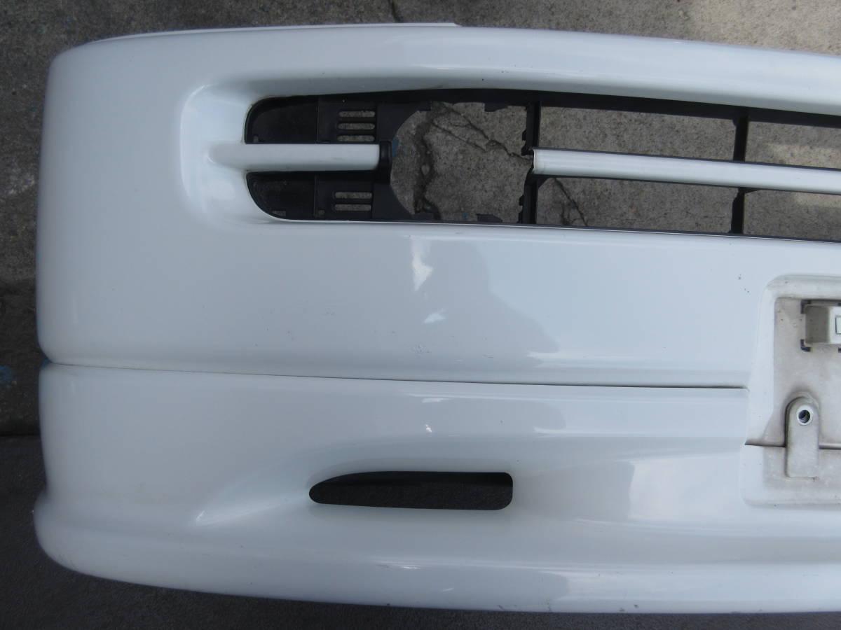 RF1 ホンダ ステップワゴン 純正 フロント バンパー スポイラー付 白 ホワイト(個人宅への配送不可)_画像3