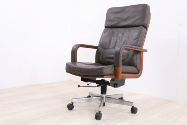 karimokuカリモク 13万 本革 高級 デスクチェア書斎椅子 SOHO PCチェア 机 エグゼクティ