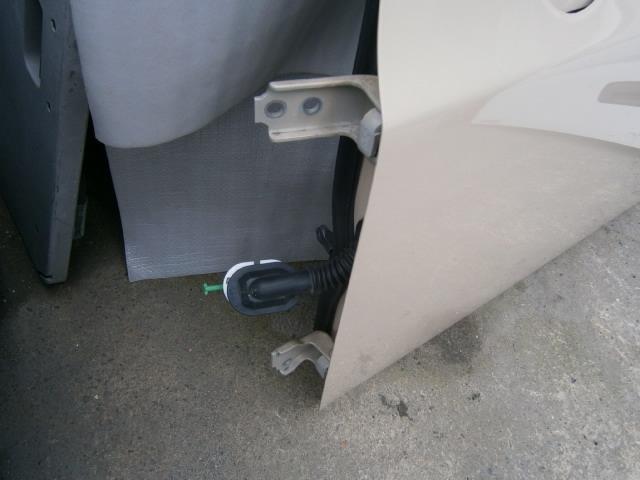 アルトラパン DBA-HE22S 左フロント ドア_画像2