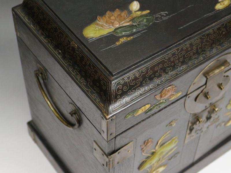 ■古玩■唐木紫檀 花砡螺鈿 芝山細工 銀象嵌細工 器局 飾棚 引き出し箱 中国美術_画像7
