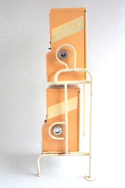 カードダス20 本体 2台セット 枠付き 希少レア物です 7053 _画像2