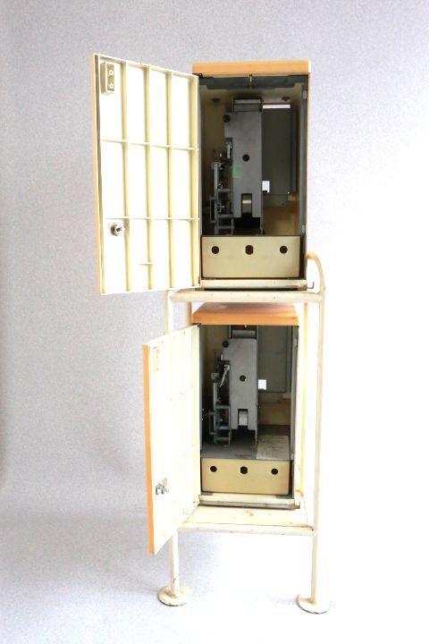カードダス20 本体 2台セット 枠付き 希少レア物です 7053 _画像5
