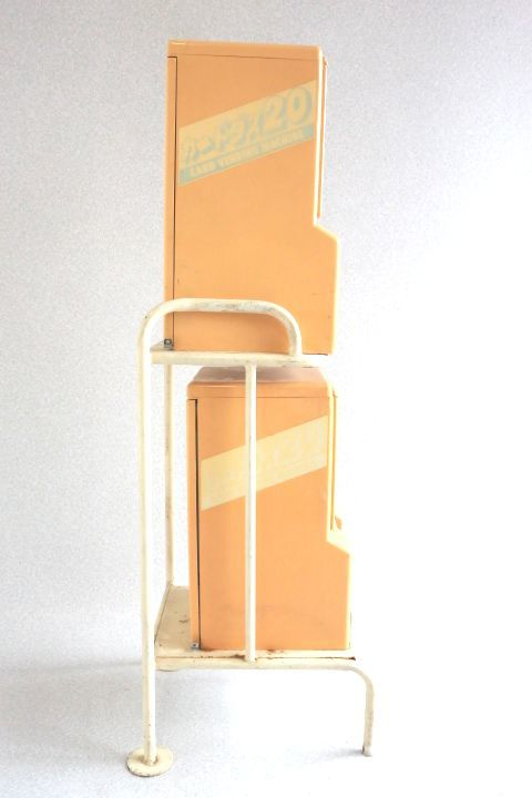 カードダス20 本体 2台セット 枠付き 希少レア物です 7053 _画像3
