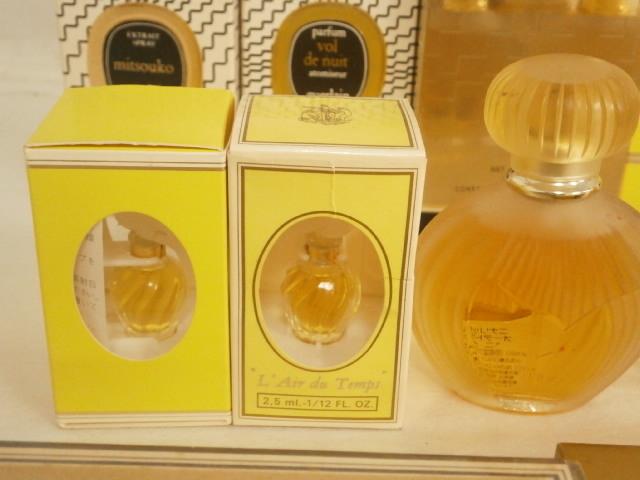 1  йен ~  новый товар ...  Hermes ...  женский   духи   различный   большое количество  17 шт.   комплект  / вместе /... мешок / NINA RICCI  JEAN PATOU  Guerlain /.../ коробка  входит /ZHV-15