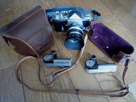 Nikon F 640初期型&専用革製ケース&バッグ&露出計2種&フォトミックファインダー&チックマーク5cmレンズ&フード&プロストラップ_画像2