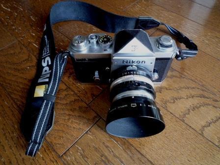 Nikon F 640初期型&専用革製ケース&バッグ&露出計2種&フォトミックファインダー&チックマーク5cmレンズ&フード&プロストラップ_画像3