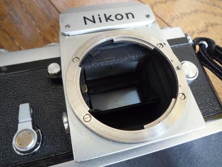 Nikon F 640初期型&専用革製ケース&バッグ&露出計2種&フォトミックファインダー&チックマーク5cmレンズ&フード&プロストラップ_画像6
