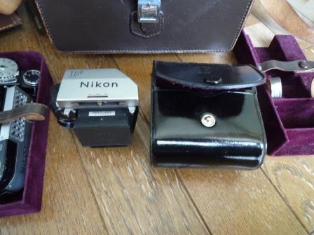 Nikon F 640初期型&専用革製ケース&バッグ&露出計2種&フォトミックファインダー&チックマーク5cmレンズ&フード&プロストラップ_画像7