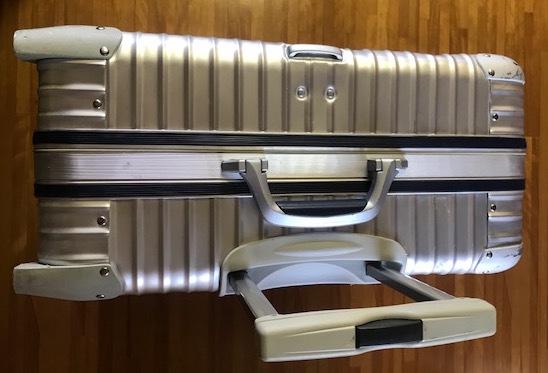 廃盤レア☆リモワ スーツケース トパーズ RIMOWA SILVER INTEGRAL TSAロック付き 4輪 シルバーインテグラル_画像4