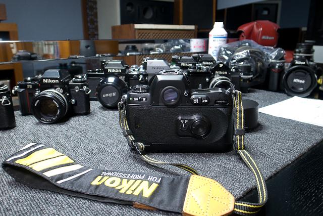 ニコン Nikon AF 80-200/2.8 ED D カメラ修理専門店にてレンズ清掃メンテ品 f100カメラボディー付き_画像4