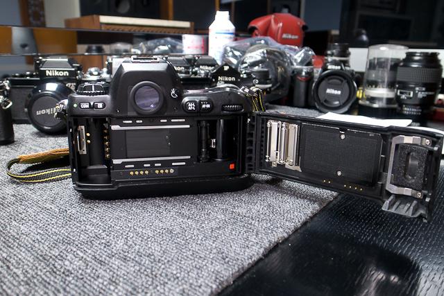 ニコン Nikon AF 80-200/2.8 ED D カメラ修理専門店にてレンズ清掃メンテ品 f100カメラボディー付き_画像5