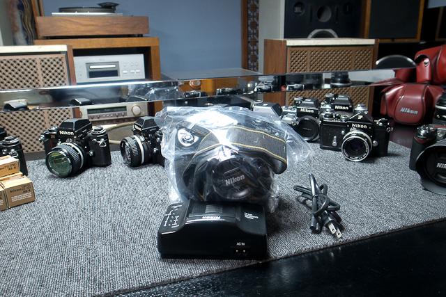 ニコン Nikon D2X ボディ 憧れのプロ機 現状品 AF NIKKOR 85mm 1.8D 7/7カメラ修理専門店にてレンズクリーニング品