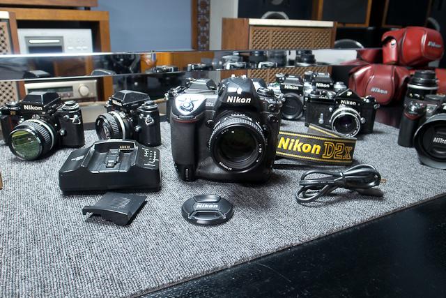 ニコン Nikon D2X ボディ 憧れのプロ機 現状品 AF NIKKOR 85mm 1.8D 7/7カメラ修理専門店にてレンズクリーニング品_画像2