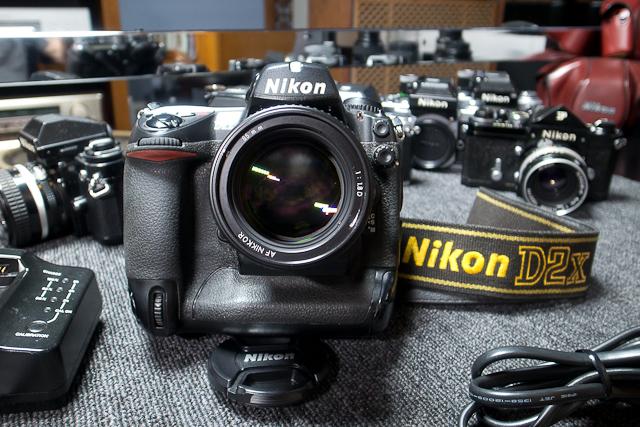 ニコン Nikon D2X ボディ 憧れのプロ機 現状品 AF NIKKOR 85mm 1.8D 7/7カメラ修理専門店にてレンズクリーニング品_画像3