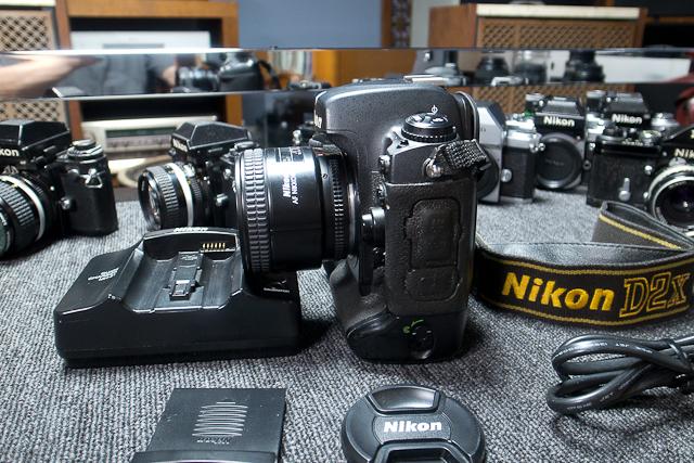 ニコン Nikon D2X ボディ 憧れのプロ機 現状品 AF NIKKOR 85mm 1.8D 7/7カメラ修理専門店にてレンズクリーニング品_画像4