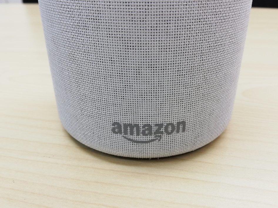 ★美品☆ Amazon Echo、サンドストーン (ファブリック) アマゾン エコー_画像3