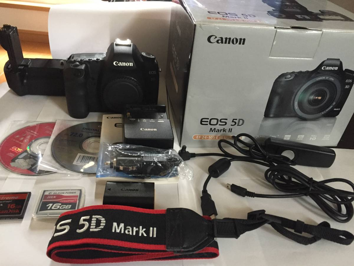 ★Canon キャノン EOS 5D MARK II★ + グリップ、メモリー、レリーズ他付属品多数!!