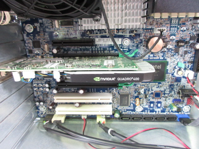 HP Z400 Workstation (VS933AV) / 4コア8スレッド Xeon W3520 2.66GHz / 4GB / Quadro 400 / No.C177_画像4
