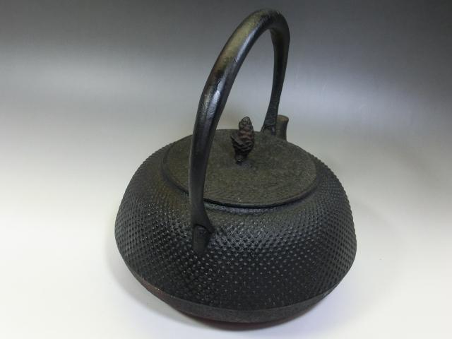 鉄瓶■アラレ 茶瓶 急須 松ぼっくり摘み 大きい 大振り お茶道具 骨董品 古美術■_画像6