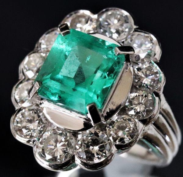 超豪華★鮮やかな 大粒 エメラルド 3.03ct 綺麗な天然ダイヤモンド 2.48ct Pt900 プラチナ リング サイズ13号★指輪 白金_画像3