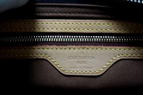 【極美品】ルイヴィトン モノグラム トロター 斜め掛け ショルダーバッグ 鞄 正規品 保護シール付 M51240 Louis Vuitton _画像10