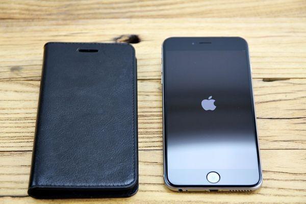 Q003 ★1円~ 超美品 使用少 ソフトバンク iPhone 6 Plus 16GB A1524 スペースグレイ レザーケース付き softbank ◎907
