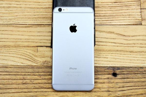 Q003 ★1円~ 超美品 使用少 ソフトバンク iPhone 6 Plus 16GB A1524 スペースグレイ レザーケース付き softbank ◎907_画像6