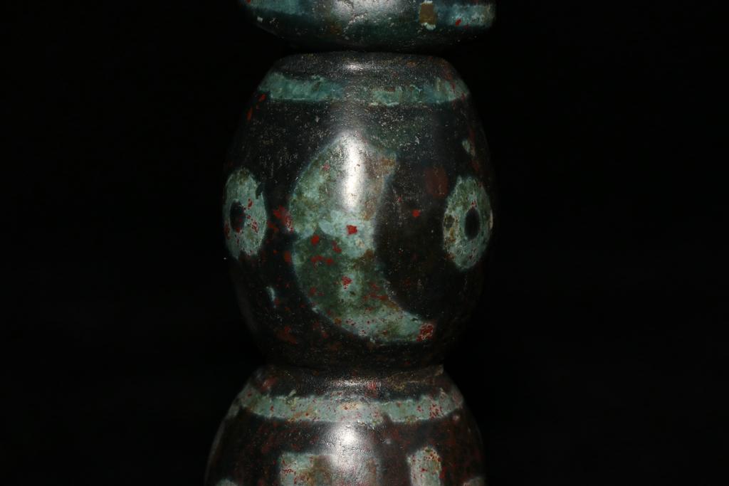 天珠 チベット収集 瑪瑙製 日月星 卍紋 天珠塔 天玉 仏珠 法器 置物 風水 開運 希少珍品唐物_画像8