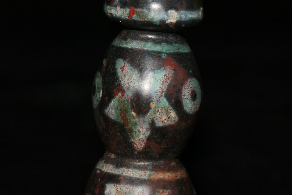 天珠 チベット収集 瑪瑙製 日月星 卍紋 天珠塔 天玉 仏珠 法器 置物 風水 開運 希少珍品唐物_画像9