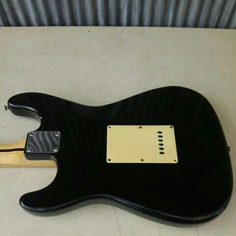 詳細不明 LED内蔵 バーズアイネック エレキギター ストラトキャスター FENDER STRATOCASTER エリック・クラプトン Eric Clapton ブラッキー_画像7
